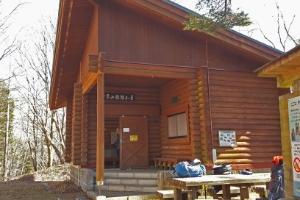鷹ノ巣避難小屋の画像